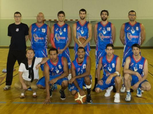uc-concarneau-basket-2013table100.jpg